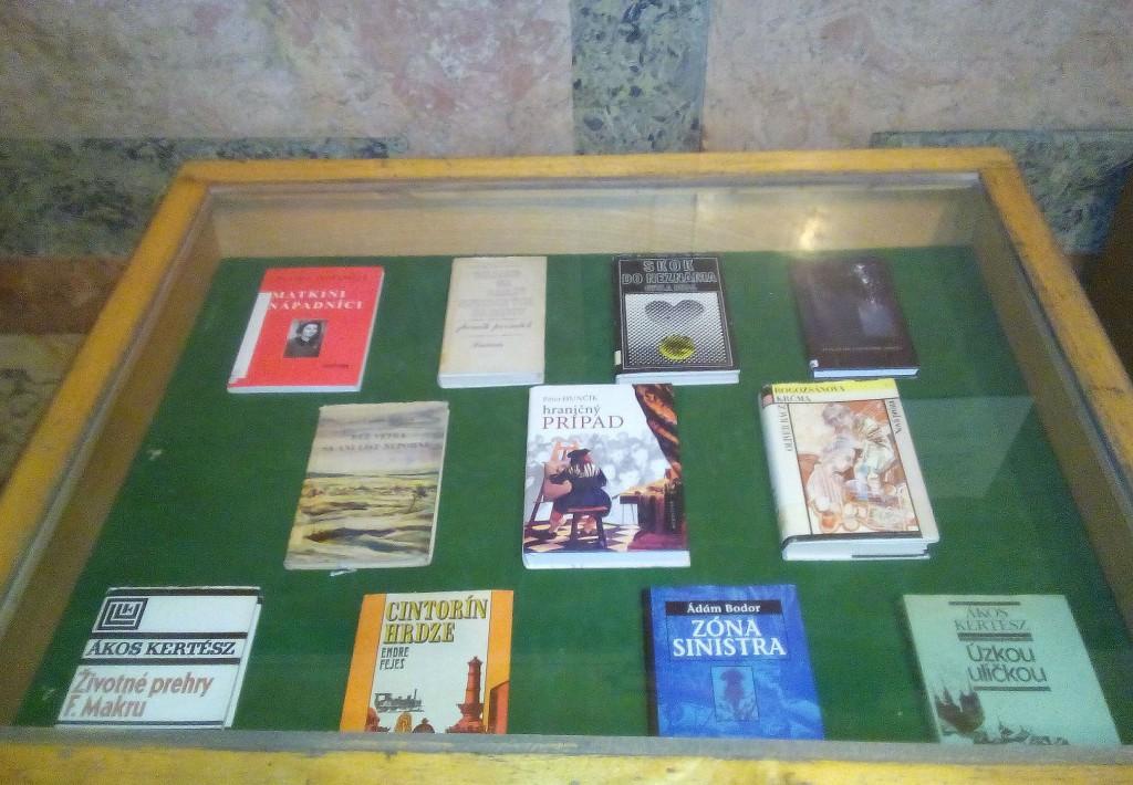 A nyelvi akadály - nem akadály / könyvkiállítás